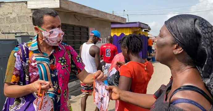 Australian High Commissioner Shares Masks to Ghanaian communities